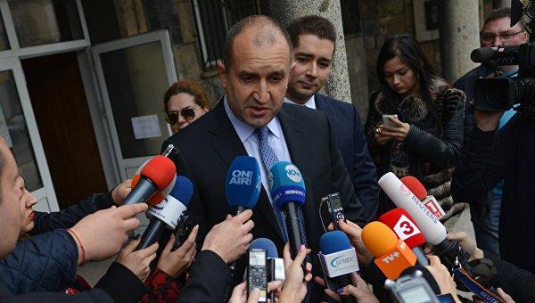 Президент Болгарии распустил парламент иназначил досрочные выборы