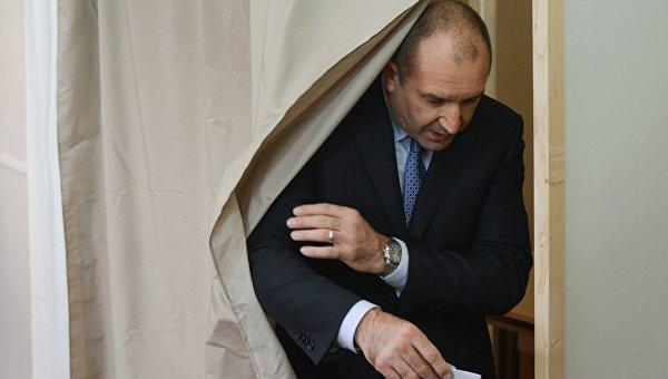 Кандидат в президенты страны от Болгарской социалистической партии Румен Радев
