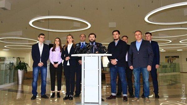 Восемь глав РГА Одесской области заявили о готовности уйти в отставку вслед за Саакашвили, но не уходят