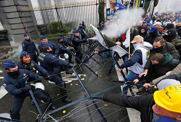 ВБельгии военные вышли наакцию протеста
