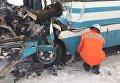 Автобус и грузовик столкнулись в Житомирской области