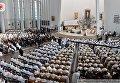 Церемония интронизации Иисуса как короля Польши в Кракове