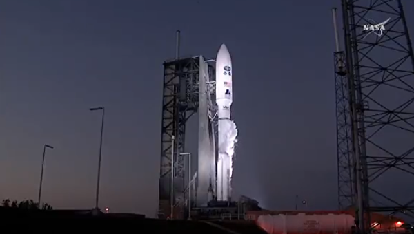 NASA запустила ракету-носитель Atlas Vсметеоспутником