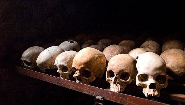 Работники кладбища вИталии сдали вломбард вырытые украшения, зубы ичереп