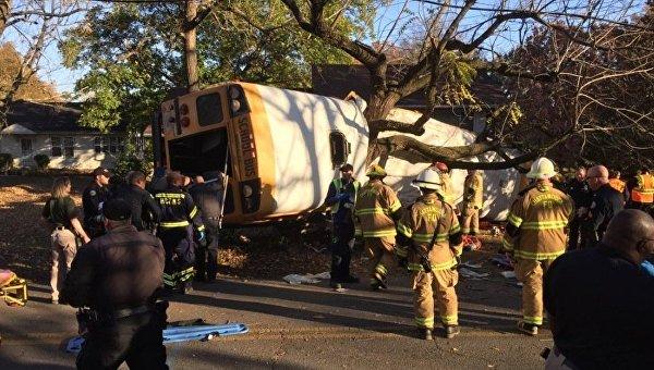 Водителю перевернувшегося в США автобуса предъявлены обвинения – СМИ