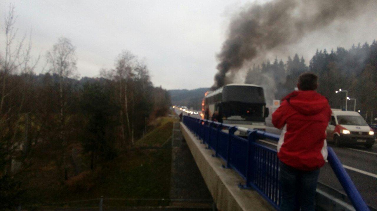 Автобус сукраинцами на100% сгорел вЧехии: появились фото ивидео