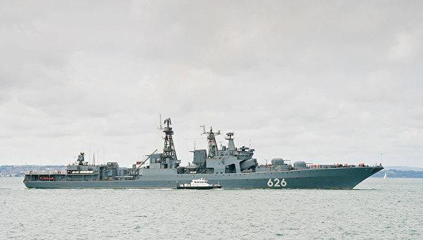 Российский корабль Вице-адмирал Кулаков