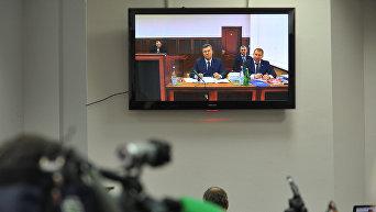 Бывший президент Украины Виктор Янукович, прибывший в Ростовский областной суд
