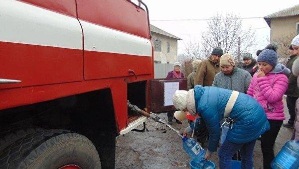 Подвоз воды жителям Торецка