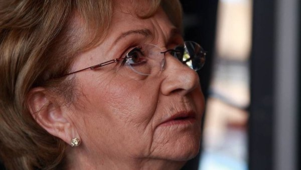 ВМадриде упосольства Кубы подрались сторонники ипротивники Кастро