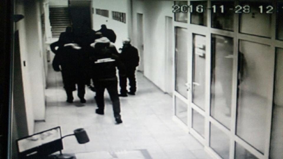 Правоохранительные органы проводят обыск вХерсонском морпорту