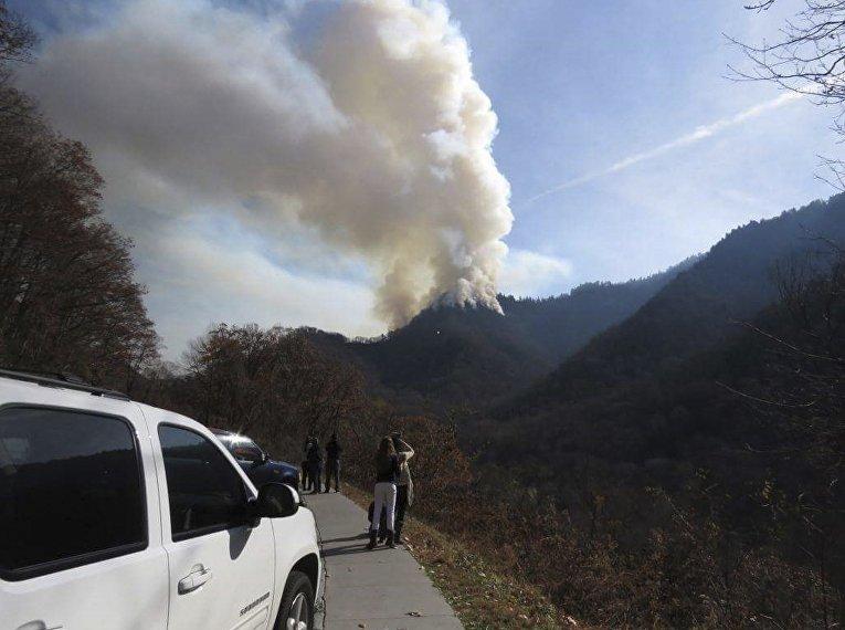 Масштабные лесные пожары в Теннесси