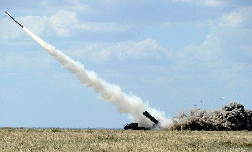 Зенитно-ракетный комплекс. Пуск ракеты. Архивное фото