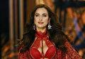 Ирина Шайк на показе Victoria's Secret Fashion Show. Модель беременна