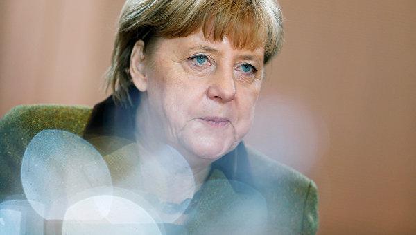 Меркель призвала германцев сохранять оптимизм вновом году