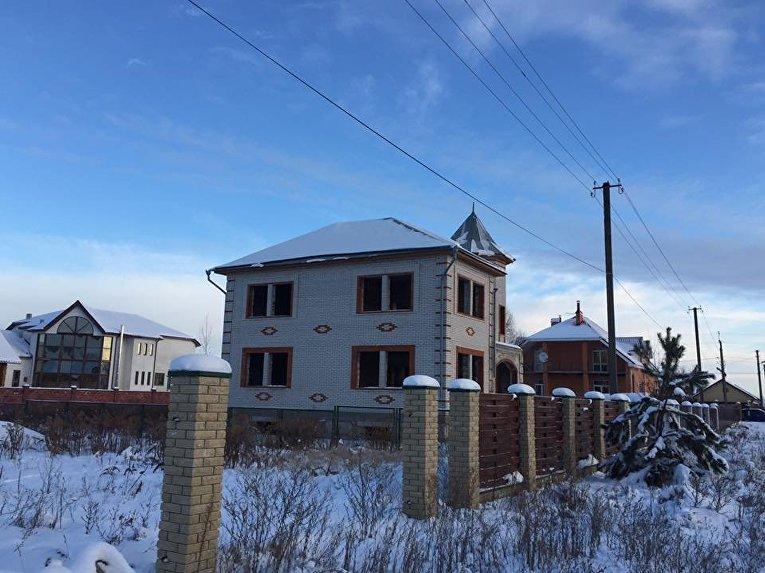 В Киевской области при перестрелке госслужбы охраны и полиции погибли 5 человек. Место происшествия