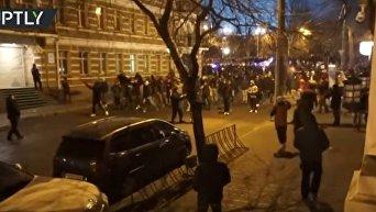 Столкновения фанатов Зари и Манчестер Юнайтед в Одессе. Видео