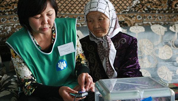 ЦИК обработал почти 100% бюллетеней на референдуме в Киргизии