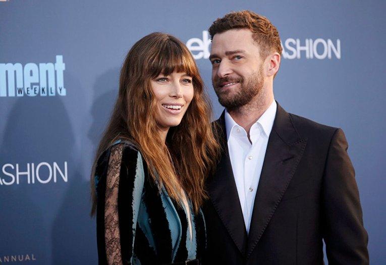 Джессика Бил и Джастин Тимберлейк на вручении премии Critics Choice