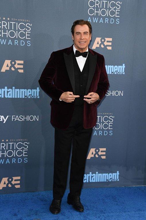 Джон Траволта на вручении премии Critics Choice