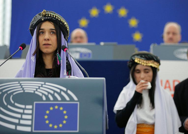 Европарламент вручил премию Сахарова побывавшим врабстве уИГИЛ езидкам