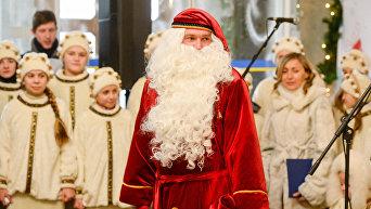 В центре Киева открылась Новогодняя почтовая резиденция Святого Николая