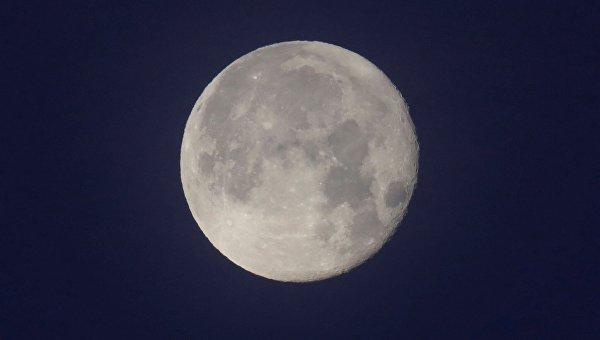 Вице-президент США Пенс объявил, что жители Америки обязательно возвратятся наЛуну