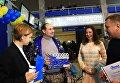 Миллионный посетитель международного аэропорта Одесса 49-летний главный тренер и вице-президент Украинской федерации таиландского бокса муэй тай Павел Евтушенко.