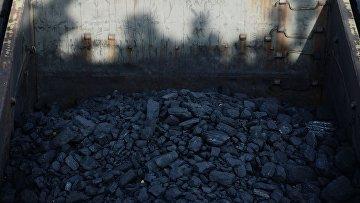 Украина и Донбасс в блокаде: есть ли жизнь без антрацита?