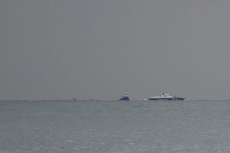 Место крушения самолёта Ту-154 Минобороны РФ в Сочи