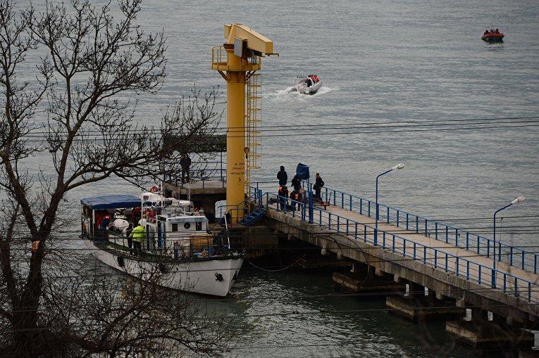Поисково-спасательные работы на месте крушения самолёта Ту-154 Минобороны РФ в Сочи