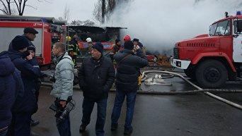 Последствия пожара на рынке в Киеве