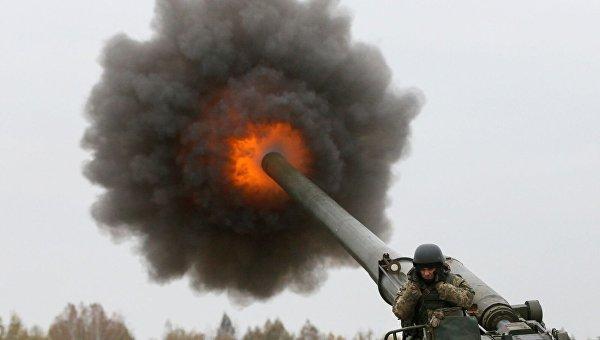 Выстрел САУ 2С7 Пион ВСУ на полигоне Девички