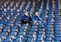 Фанаты британского ФК Лестер Сити с масками Джейми Варды