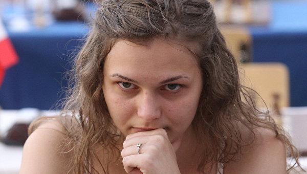 Украинка Анна Музычук укрепила лидерство наЧМ порапиду