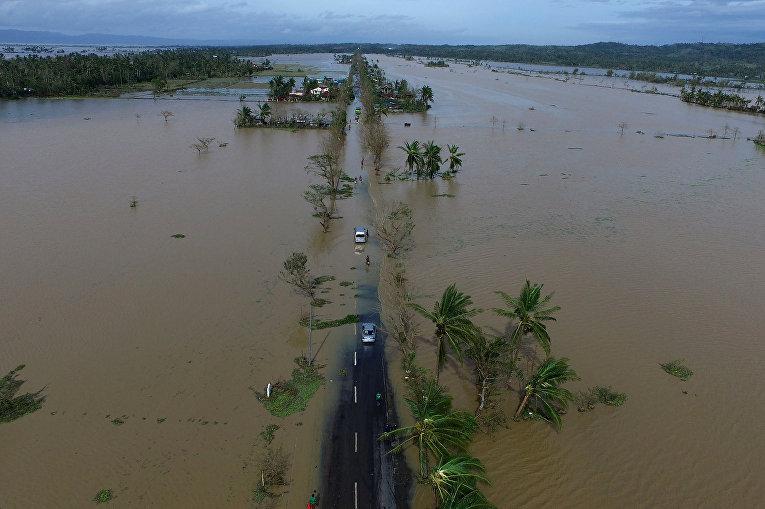 Шторм на Филиппинах