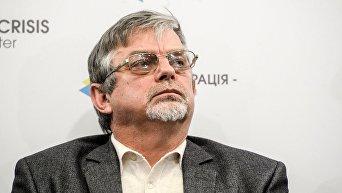 Директор социологической службы Украинский барометр Виктор Небоженко
