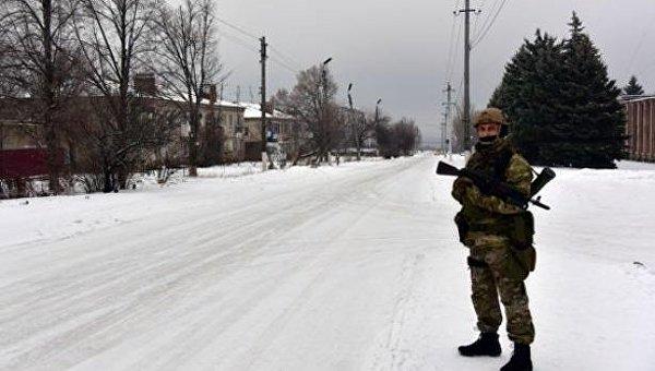Сотрудник полиции в Новолуганском