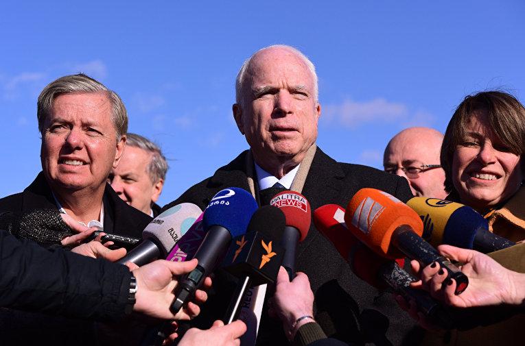 Визит делегации американских сенаторов в Грузию. Сенатор Джон Маккейн