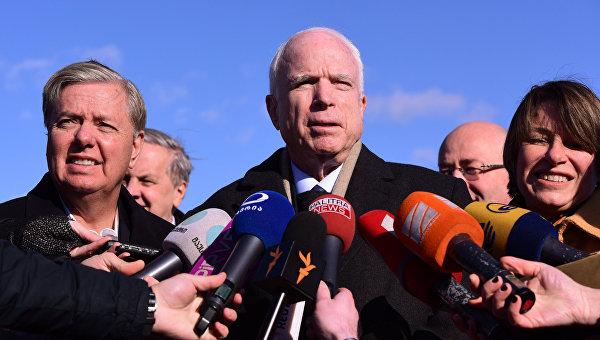 Джон Маккейн неисключает введение новых антироссийских санкций