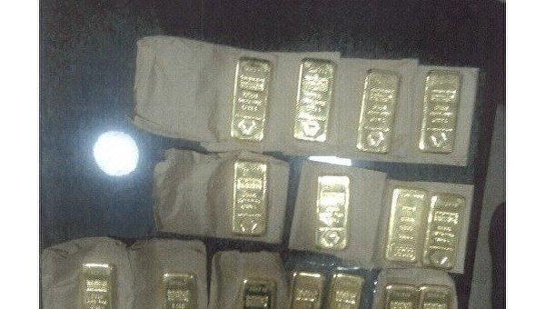 СБУ изъяла у рейдеров из агрохолдинга золотые слитки