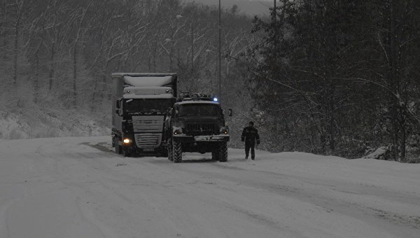 Нацполиция сообщает опоследствиях непогоды исостоянии аварийности на трассах