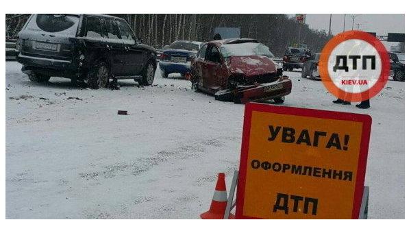Масштабное ДТП случилось наБориспольской трассе