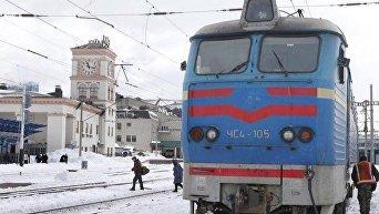 Пассажирский поезд Укрзализныци