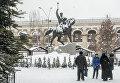 Подол в снегу