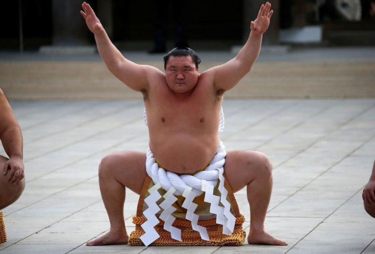 Традиционный январский турнир по сумо в Японии