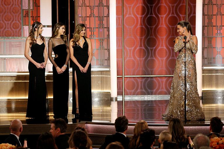 Дочери актера Сильвестра Сталлоне представили одну из номинаций.