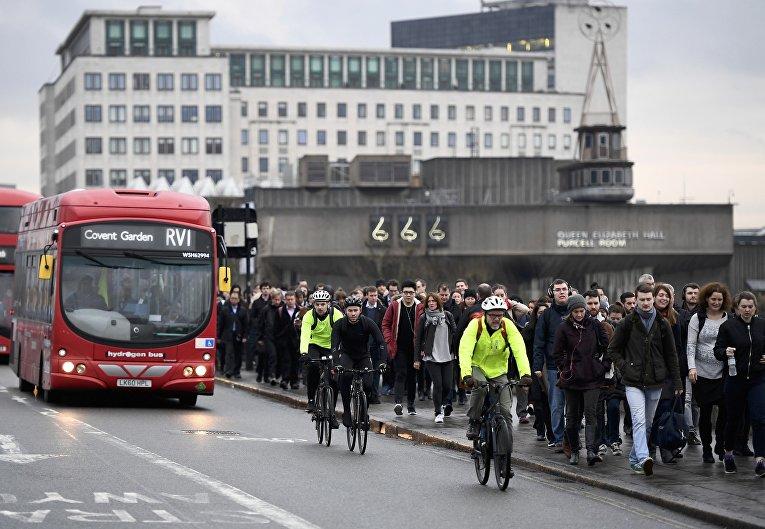 Транспортный коллапс в Лондоне из-за забастовки работников метро