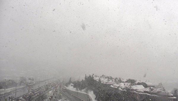 Стамбул замело снегом