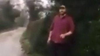 Тайсон Фьюри пытается перепрыгнуть через забор